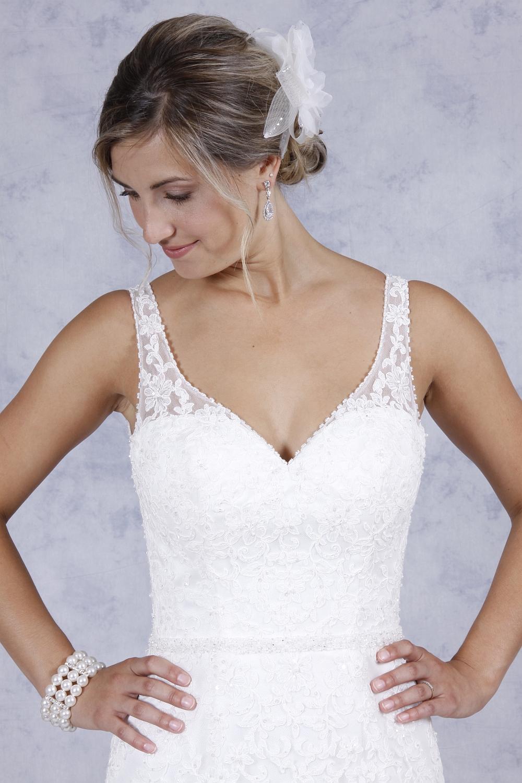 Boutique De Mariage La Mariée à Lhonneur